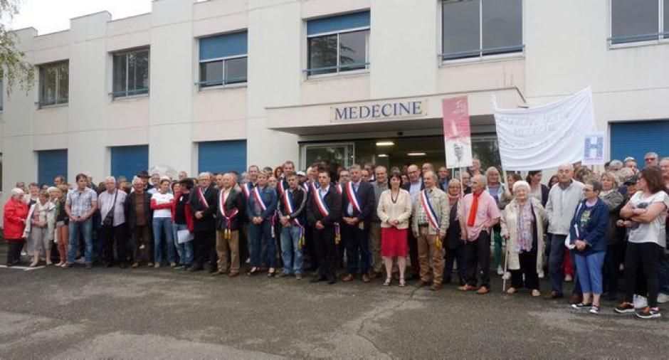 300 personnes pour la défense du service de médecine - 2018.06.07