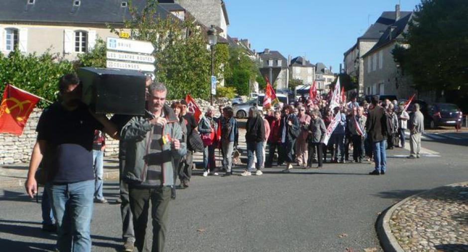 Un millier de Lotois dans la rue pour «sauver le pays» // 2018.10.10