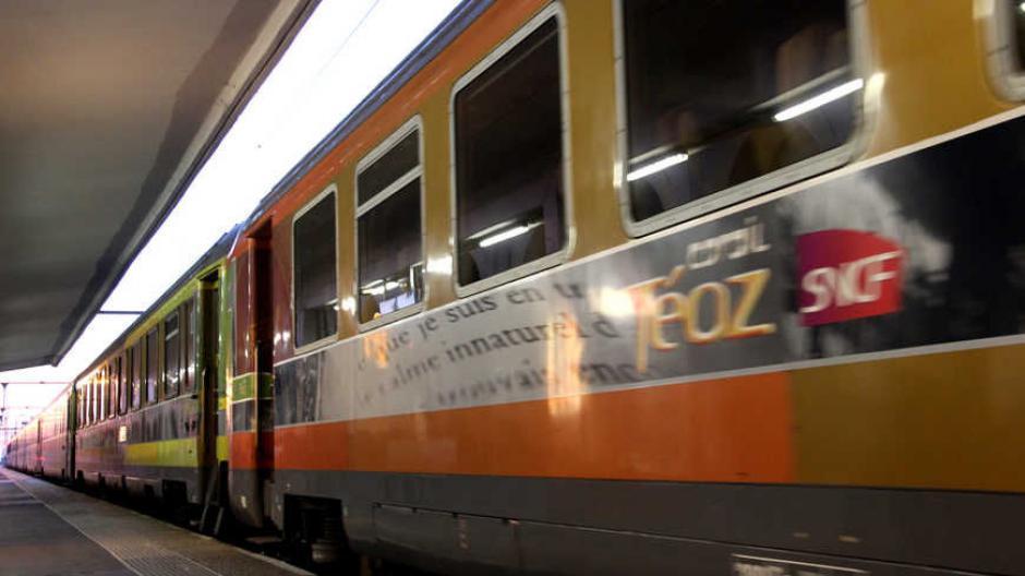 SNCF : Le rapport qui met le feu aux poudres ! - 2018.02.22