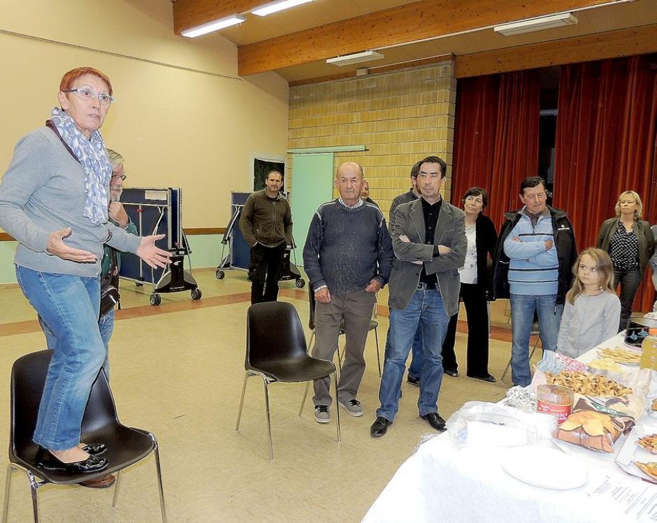 TEPLG a fêté le rétablissement de l'arrêt à Dégagnac - La Dépêche du Midi - Jeudi 30 octobre 2014