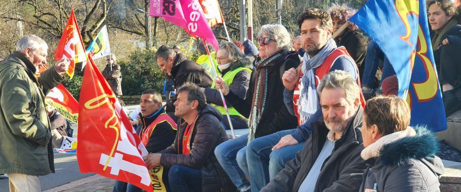 450 à 800 manifestants à Figeac et Cahors contre la réforme des retraites // 2020.01.15