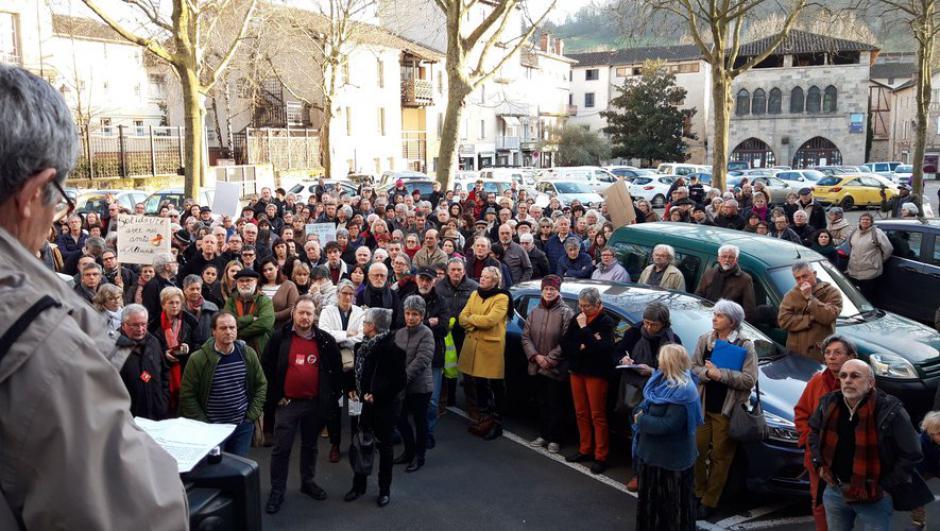 Figeac. Plus de 250 manifestants contre l'expulsion de Kristina // 2020.02.15