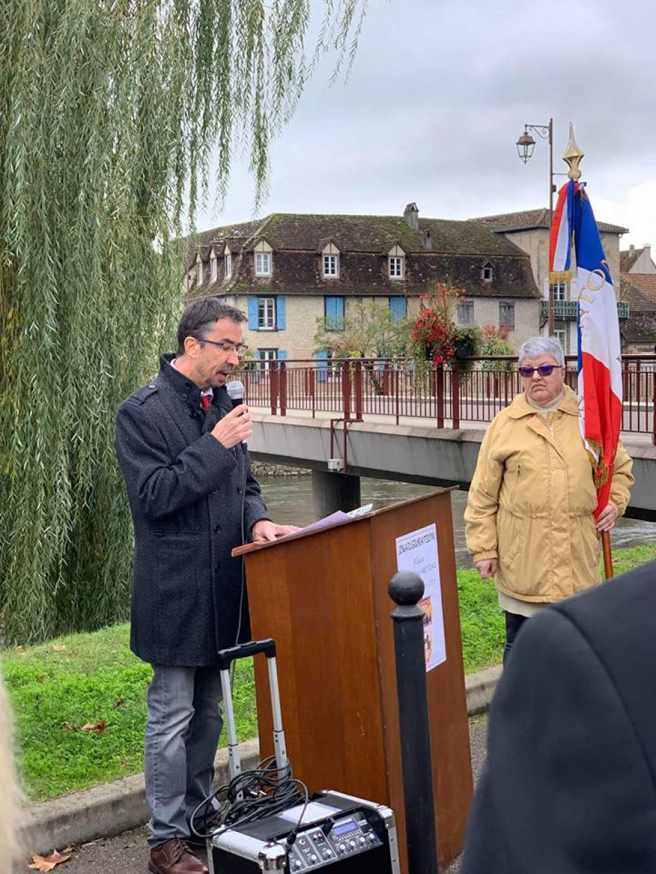 Inauguration de la place Germaine Moreau lundi 11 novembre 2019 à Bretenoux.