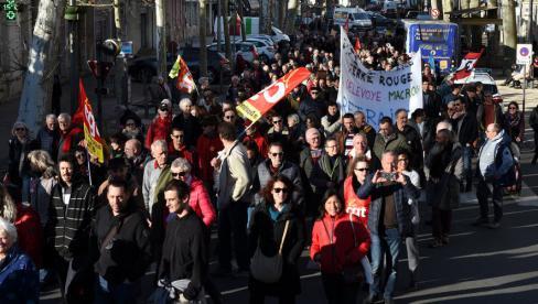 800 personnes déterminées à ne rien lâcher, hier sur le boulevard Gambetta // 2020.01.17